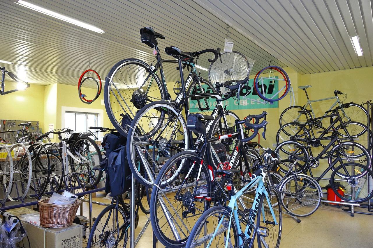 Cascina quadri in bici home page for Offerte bici elettriche usate